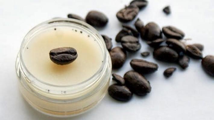 Günlük Cilt Bakımınıza Kahveyi Eklemek İçin Üç Sebep