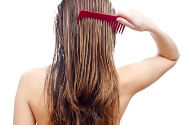 Saçlarınız özenli tarayın…